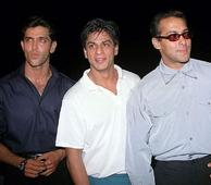 Salman Plays The Peacemaker, Wishes SRK & Hrithik Luck for Their Films By Posting A Throwback...