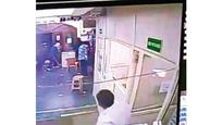 Thieves loot Rs 28L from Flipkart warehouse