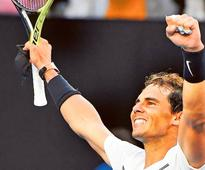 Nadal rolls back the years to stay in the mix