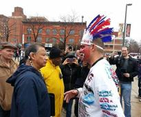 2 Years After He Wore Red Face, Indians Fan Asks For Forgiveness
