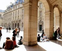 FRANCE: French MPs vote bill for lectures in English at French universities