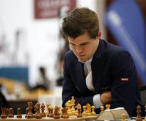 Carlsen inches closer to victory at Qatar Mast... Magnus Carlsen   By Armstrong Vas Doha: Reigning world cha...