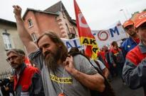 French labour reforms spark fresh demos