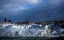 How engineers created the icy wonderland at Niagara Falls