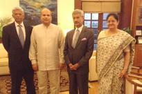 Pathfinder Founder Moragoda visits Delhi for CILI discussion