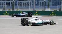 Hamilton edges Rosberg in close FP3