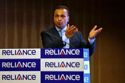 RCom will re-absorb 4,000 employees who had been sent to Ericsson