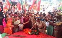 Cowdung water at agitation venue: Cong lodges complaint against Mahila Morcha