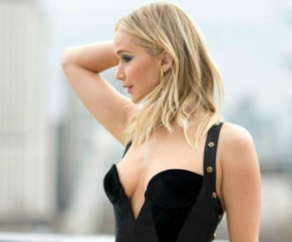 Jennifer Lawrence's HOT dress that started a battle