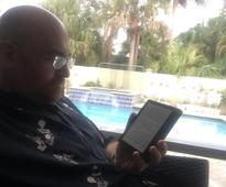 Amazon Kindle Oasis: E-reader for the one percent