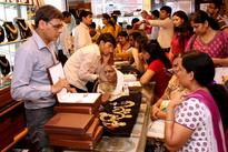 Brisk gold buying on lower prices