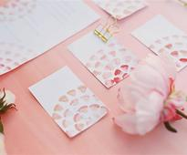 Hosting a Mother's Day brunch? Try this for your menu and name cards