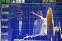 Asia markets extend rout, Singapore shares up 0.1%