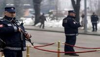 Belgrade: Man barricades himself, threatens to blow up building