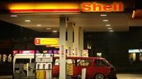 Shell reports 44 per cent drop in 4th quarter earnings