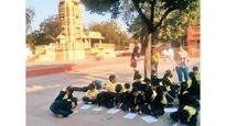 Class 2 kids audio-record heritage tour of Ahmedabad