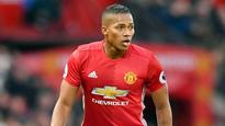 Manchester United move to keep Antonio Valencia at Old Trafford