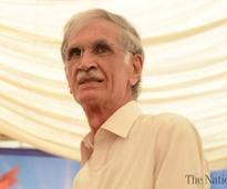 Khattak asks Centre to take decision on refugees