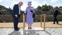 VIDEO: Queen puts foot in it on Cornwall trip