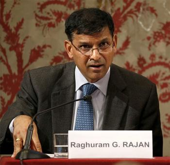 Cong accuses govt of 'hounding out' Rajan, BJP says no comment