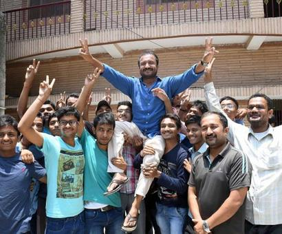 30 students from Super30 crack IIT-JEE this year