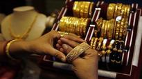 Gold prices dip for yet another week