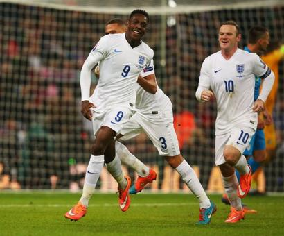 Welbeck's England Euro dream over, faces nine months out