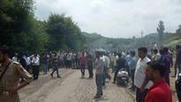 Irked over bad roads, power crisis, villagers block Jammu-Poonch highway
