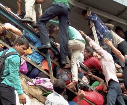 Western Railway probe blames heavy rain for Elphinstone stampede