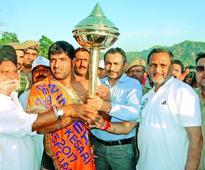 JKP wrestler Nisar lifts Dera Kesari Dangal title