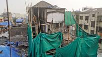 Zaveri Bazar building crash toll rises to four