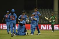 India beat Pakistan to lift Women's T20 Asia Cup