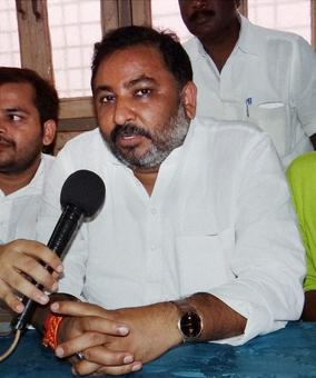 BJP's Dayashankar, who made derogatory remarks against Mayawati, back in party