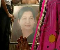 In pics..Supporters offer special prayer for Jayalalithaa's health