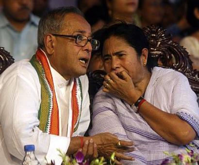 Mamata born rebel, has an aura impossible to ignore, says Pranab