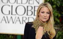 Kate Hudson pulls a Kim Kardashian on Instagram, strips nude for picture