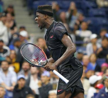 Stat pack: Federer holds off 19-year-old Tiafoe in 5 sets