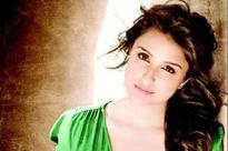 Have oomph factor, will reveal it one day: Parineeti
