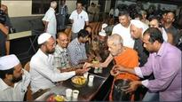 Head priest of Udupi Krishna temple defends Iftar party after Sri Ram Sene protests