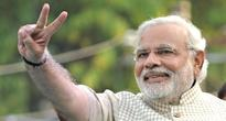 Cashless economy: under fire from Opposition, Modi finds warmth at home