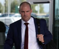 Andrew Strauss I dont hold tour stance against Eoin Morgan and Alex Hales
