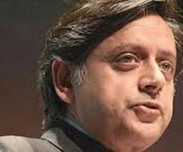 Shashi Tharoor: Global tender will expedite Aakash tablet delivery