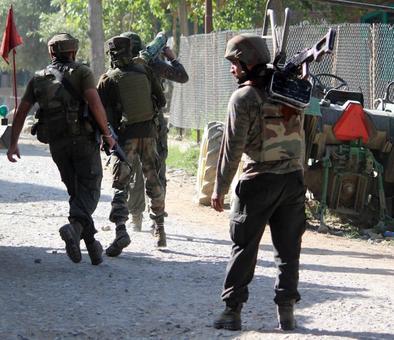 3 Lashkar terrorists, 1 civilian killed in Pulwama