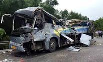 10 killed, 32 injured in bus crash in China