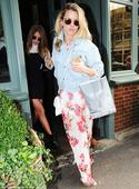 Made In Chelsea's Caggie Dunlop and Spencer Matthews celebrate her 27th birthday