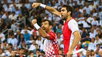 Croatia take Davis Cup lead with doubles win