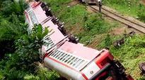 55 dead as Cameroon train derails