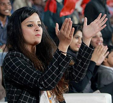 PIX: After cricket and football, hockey gets Sakshi Dhoni's attention