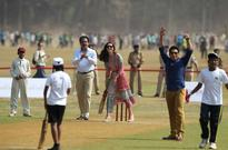 India's Tendulkar bats for campaign against child labour on Twitter