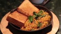 Foodi.e. Plates: Give your anda bhurji a Parsi twist